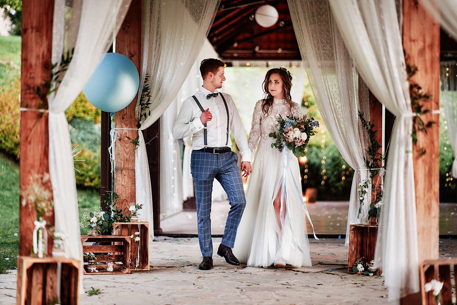 ozdoby na sale weselną rustykalne